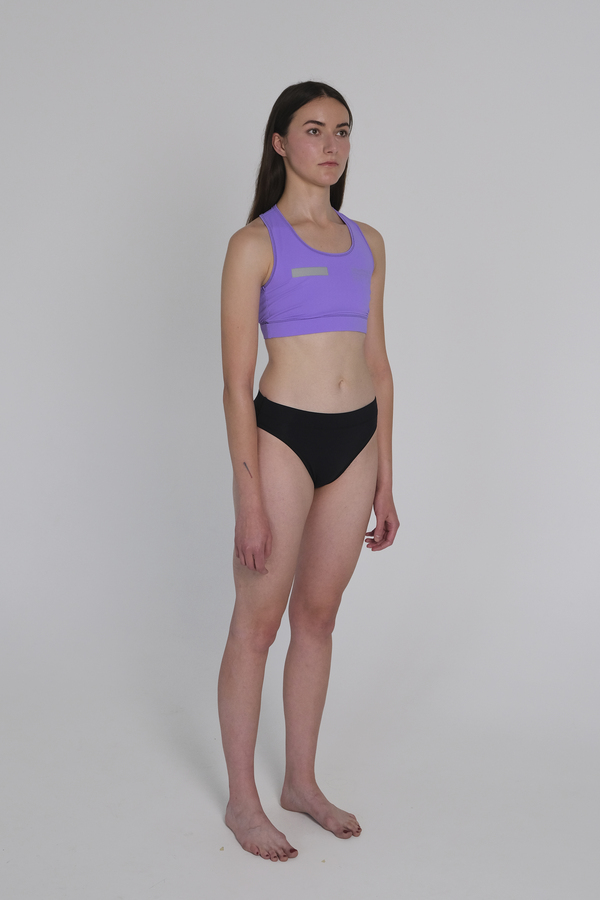 AMNESIA ACTIVE TOP